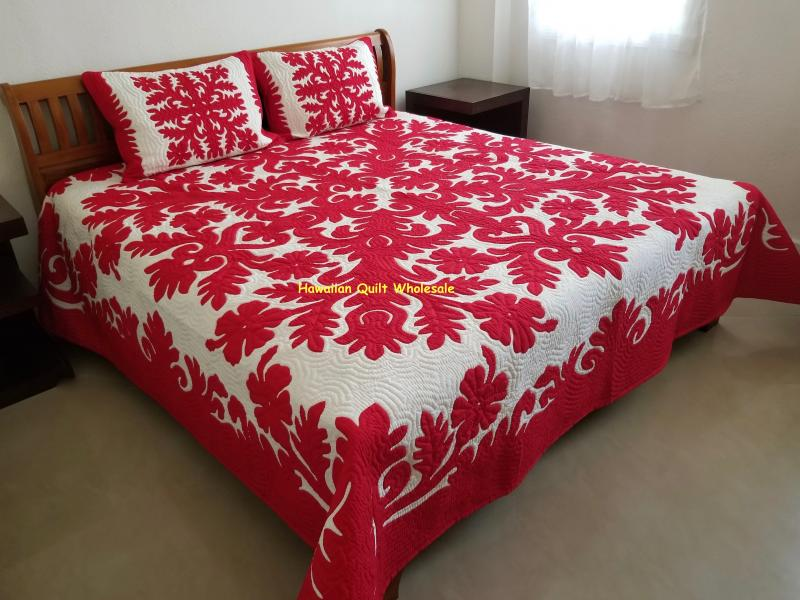 Hibiscus-RE <br>2 pillow shams included<br><font color=red>Superior Materials</font>