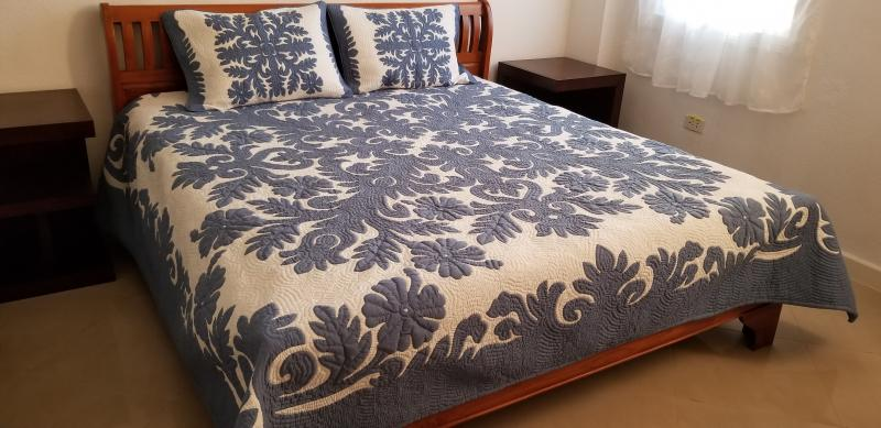 Hibiscus-CB<br> 2 pillow shams included