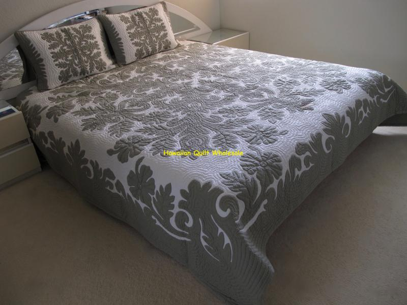 Hibiscus-CG<br>2 pillow shams included<br><font color=red>Superior Materials</font>