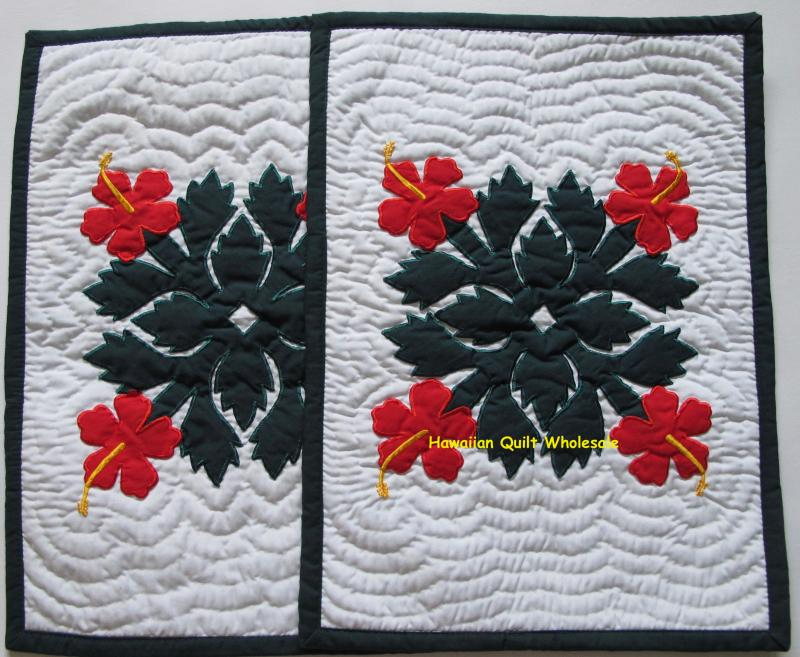 Hibiscus-BGR<br><font color=red>2 Placemats</font>