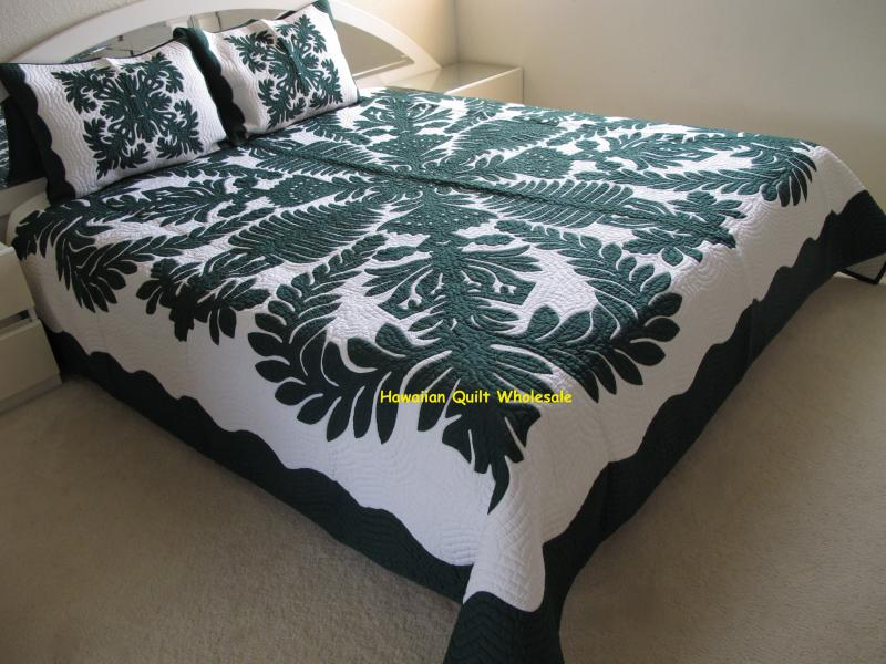 Crown and Kahili-BGO<br>2 pillow shams included<br><font color=red>Superior Materials</font>